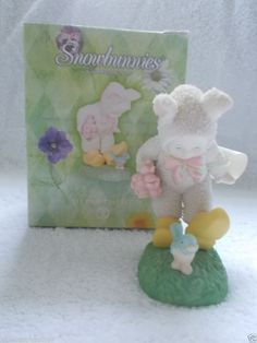 """Dept. 56 Snowbunnies """"Walk a Mile In My Shoes"""" #56.26403 Bunny In Dutch Shoes"""