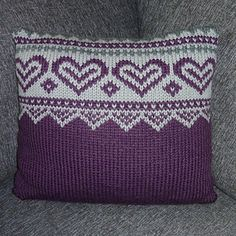Ravelry: Advents puter pattern by Trine Lise Høyseth Advent, Ravelry, Arts And Crafts, Cushions, Throw Pillows, Knitting, Pattern, Hand Crafts, Toss Pillows