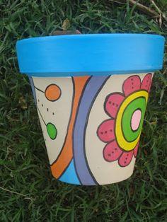 mientras tanto...: 1/03/11 - 1/04/11 Painted Flower Pots, Painted Pots, Flower Planters, Pebble Painting, Pottery Painting, Cactus Clipart, Hippie Flowers, Clay Pot Crafts, Decorative Planters