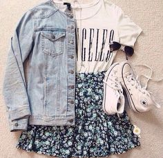 27 Hipster School Outfits For Those Sunny Days - Summer Fashion Look Fashion, Teen Fashion, Fashion Outfits, Fashion Spring, Converse Fashion, Swag Fashion, Jackets Fashion, Dress Fashion, Fashion Ideas