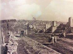 "Camp de Mailly -- Canon de 240 m/m Colonies "" Istanbul City, Istanbul Turkey, Istanbul Pictures, Railway Gun, Canon, Ottoman Empire, Old Photos, Railroad Tracks, Paris Skyline"