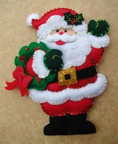 New Post santa craft ideas Felt Christmas Decorations, Felt Christmas Ornaments, Santa Ornaments, Christmas Themes, Christmas Stockings, Christmas Wreaths, Christmas Sewing, Rustic Christmas, Christmas Art