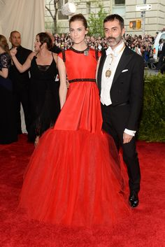 Allison Williams in Giambattista Valli with the designer. [Photo by Steve Eichner]