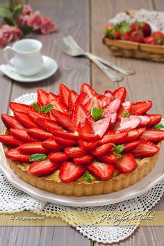 My Favorite Food, Favorite Recipes, Fruit Tart, Pastry Shop, Strawberry Cheesecake, Daily Meals, Aesthetic Food, Food And Drink, Yummy Food