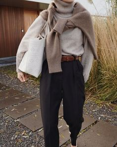 Wrap knit Anouk Yve RELAXED WOMEN Record of Knitting String spinning, weaving and stitching jobs such as BC. Although decades, alt. Source by Casual Outfits Looks Street Style, Looks Style, Looks Cool, My Style, Mode Outfits, Winter Outfits, Fashion Outfits, Winter Work Outfits, Spring Outfits