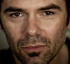 Miles Matheson – Billy Burke Billy-Burke-Revolution-018 – revolutionfans.net