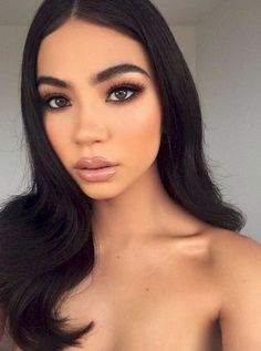 37 Casual Natural Prom Makeup Looks to Inspire You Prom - Make Up - Sultry Makeup, Natural Glam Makeup, Glam Makeup Look, Smokey Eye Makeup, Natural Prom Makeup For Brown Eyes, Soft Smokey Eye, Glamorous Makeup, Natural Beauty, Brunette Bride