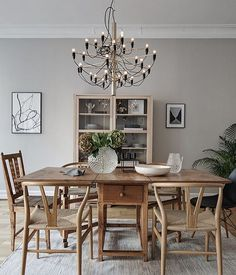 Oak dining setting with black & gold lighting Dining Room Inspiration, Interior Design Inspiration, Home Interior Design, Interior Decorating, Rooms Ideas, Neoclassical Interior, Luxury Dining Room, Interior Exterior, Home Living