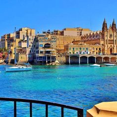 Malta 🇲🇹 #discovermag #mare #mediterraneo #landscape #isola #island #travel #travelgram #travelblogger #viaggio #viaggiare #turista #tourist #gopro #iphone #photo #photography #photographer #photooftheday #picoftheday #follow4follow