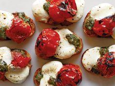 8 Festive Finger Foods: Roasted Cherry Tomato Bruschetta http://www.prevention.com/food/cook/festive-finger-food-recipes?s=1%3Fcm_mmc%3DFacebook-_-Prevention-_-food-cook-_-festivefingerfoods