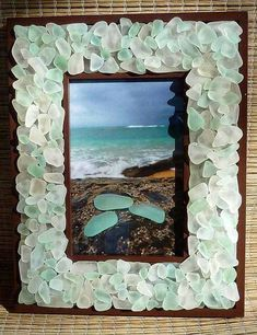 Fancy DIY Home Decor Ideas With Colored Glass And Sea Glass – Beach glass jewelry Sea Glass Crafts, Seashell Crafts, Beach Crafts, Diy Crafts, Sea Glass Beach, Sea Glass Art, Sea Glass Jewelry, Decoration Facade, Creation Deco