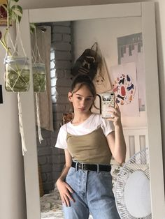 - ̗̀ saith my he A rt ̖́- Retro Outfits, Grunge Outfits, Cute Casual Outfits, Vintage Outfits, 90s Fashion, Korean Fashion, Fashion Outfits, Aesthetic Fashion, Aesthetic Clothes