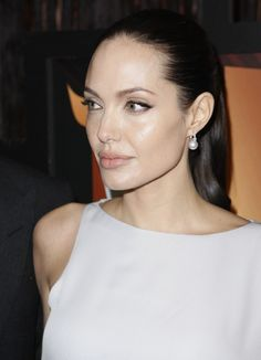 Angelina Jolie Make Up
