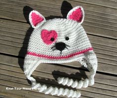 Knot Your Nana's Crochet: Valentines Kitty Hat FREE crochet pattern (Reminded me of @Becky Hui Chan Hui Chan Hui Chan Foster.