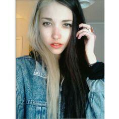 cruella hair  half black half white. this is so cute! Violet Black Hair b9bf4389a51f