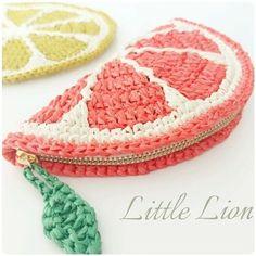 Marvelous Crochet A Shell Stitch Purse Bag Ideas. Wonderful Crochet A Shell Stitch Purse Bag Ideas. Crochet Gifts, Cute Crochet, Crochet Baby, Crochet Fruit, Crochet Coin Purse, Crochet Purses, Diy Crochet Pouch, Sac Granny Square, Crochet Designs