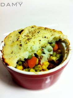 whipped cauliflower vegan shepherds pie (low carbs) minus the corn
