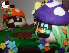 SMURF CITY CAKE 3