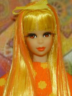 Some cool citrus colors gives this vintage Francie a fab new look.  The Barbie Canvas