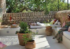 Das Cal Reiet im Norden Mallorcas ist eine Wohlfühlfinca mit ganzheitlichem Konzept: Meditation, Yoga, Wellness.