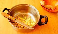 Sirop de GHIMBIR, CIMBRU și BUSUIOC, cu miere, la rece (video) | La Taifas Measuring Cups, Syrup, Measuring Cup, Measuring Spoons