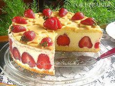 » Tort Fraisier / Tort cu capsuniCulorile din Farfurie Cheesecake, Desserts, Food, Tailgate Desserts, Deserts, Cheesecakes, Essen, Postres, Meals