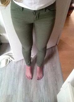 A vendre sur #vintedfrance ! http://www.vinted.fr/mode-femmes/jeans/18835042-jeans-slim-kaki-asos