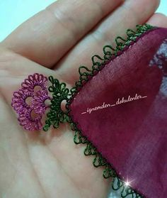 A must if not close Yakın # igneoyasi # needlepoint - Tatting Ideen 2019 Needle Tatting, Tatting Lace, Needle Lace, Drops Design, Crochet Unique, Dresses Elegant, Hairpin Lace, Lacemaking, Crochet Trim