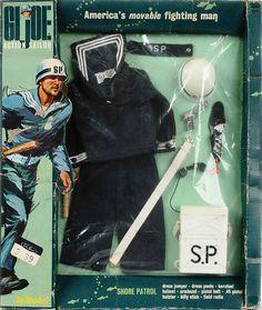 Shore Patrol G. Joe uniform and equipment. Vintage Toys 1960s, Retro Toys, Gi Joe, Saturday Morning Cartoons 90s, Military Action Figures, Retro Housewife, Old School Toys, 80 Cartoons, Military Humor
