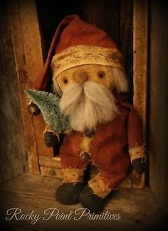 Primitive Chris... Primitive Christmas Decorating, Primitive Santa, Prim Christmas, Primitive Folk Art, Primitive Crafts, Vintage Christmas, Christmas Decorations, Xmas, Primitive Doll Patterns