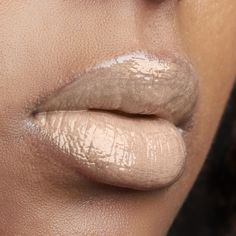 #nudelip #fall #blackwomen #lipgloss #nudelipgloss #lipavenü