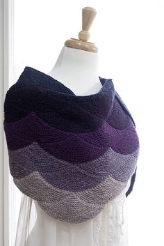 Ravelry: Project Gallery for Aranami Shawl pattern by Olga Buraya-Kefelian. In my queque Knit Or Crochet, Crochet Shawl, Crochet Granny, Knitted Shawls, Crochet Scarves, Shawl Patterns, Knitting Patterns, Knitting Tutorials, Stitch Patterns