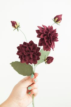 How to make the most gorgeous felt dahlia flowers! #14th Anniversary, #Fourteenh Anniversary