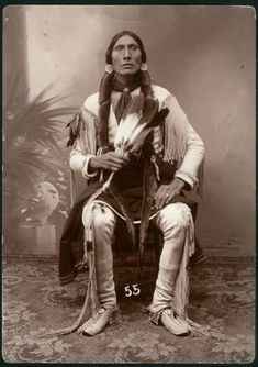 native american indians The significance in World History of the Conquest Of Native American Nations on Carribean Islands, North and South America in the Documentary 500 Nations Native American Pictures, Native American Beauty, Native American Tribes, Native American History, American Indians, American Teen, Art Indien, Comanche Indians, Native Indian