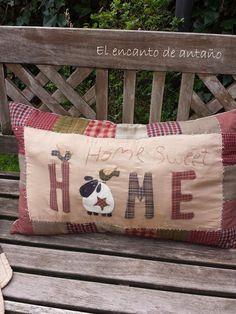 Primitive Pillows, Primitive Crafts, Easy Quilts, Mini Quilts, Applique Patterns, Quilt Patterns, Custom Pillows, Decorative Pillows, Contemporary Christmas Trees
