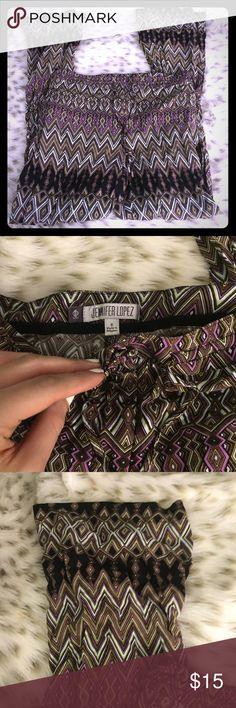 Jennifer Lopez Patterned Loose pants Jennifer Lopez patterned loose pants! size 6! No flaws! Jennifer Lopez Pants