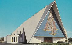 Guardian Angel Catholic Church in Las Vegas 1967 Wow! Definitely weird to compare now!! I go to daily Mass here sometimes.