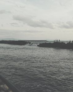 I want to travel around the world. #unangeloinviaggio  #italy #italia #campania #salerno #salernopuntoit #salernocity #campanialovers #paesaggicampani #paesaggisalernitani #campaniadavivere #igerscampania #igers_salerno #igersitalia #mare #maredinverno #sea #seaside #viaggio #adventure #volgoitalia #volgocampania #volgosalerno #vivocampania #vivosalerno #sud #traveling_europe #living_europe #living_destinations #fotografia