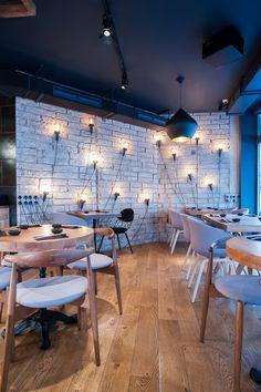 London sushi restaurant Murakami has all the elements to be a huge success story... http://www.we-heart.com/2015/02/27/murakami-london/