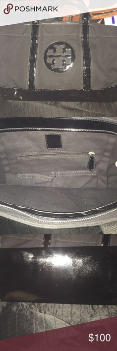 Tory burch purse Used but in great shape no flaws Tory Burch Bags Shoulder Bags