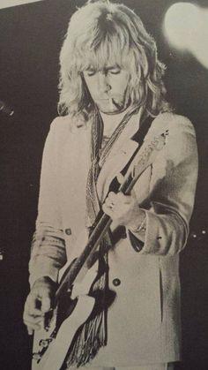 Rick Parfitt Rick Parfitt, Status Quo, My Past, Lancaster, Guitar Players, Pictures, Fictional Characters, Jeans, Music