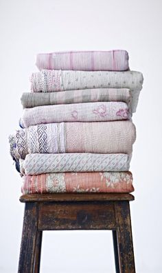 Pretty vintage throws-Kantha Quilted Throws- Similiar items In stock now at local shop Annex of paredown, in Ann arbor Textile Fabrics, Textile Patterns, Bohemian Bathroom, Linens And Lace, Home And Deco, Kantha Quilt, Soft Furnishings, Linen Bedding, Bed Linens