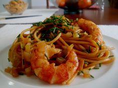 Los Antojos de Clara: Espaguetis con Gambas (camarones) y Salsa de Soja