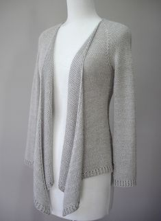 Ravelry: CharliGee's Simply .... Knit top down cardigan based on Hamlin Peak knitting pattern. Love the lines and drape