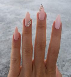 nails в 2019 г. pretty nails, cute nails и nail des Gem Nails, Diamond Nails, Pink Nails, Hair And Nails, Nails With Diamonds, Acrylic Nails Almond Shape, Best Acrylic Nails, Almond Nail Art, Classy Nails