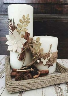 Simple And Popular Christmas Decorations; Christmas Decor DIY candles decorations simple Simple And Popular Christmas Decorations Christmas Table Decorations, Christmas Candles, Rustic Christmas, Christmas Themes, Christmas Wreaths, Christmas Ornaments, Diy Christmas, Candle Decorations, Centerpiece Ideas