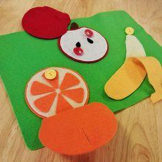 ボタンを外して果物を向いてみよう♪ #福岡 #幼児教室 #レクルン#1歳 #2歳 #3歳
