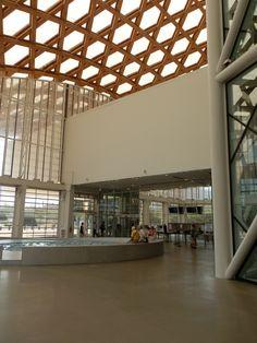 Centre Pompidou, Mirror, Furniture, Home Decor, Buildings, Homemade Home Decor, Mirrors, Home Furnishings, Interior Design