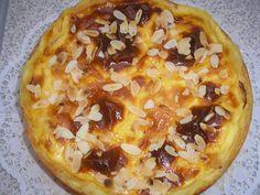 Bratapfelkuchen mit ganzen Äpfeln, ein raffiniertes Rezept aus der Kategorie Kuchen. Bewertungen: 84. Durchschnitt: Ø 4,5.