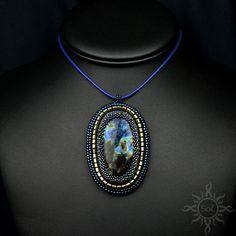 #beading #beadwork #beadweaving #beadedembroidery #labradoritependant #labradoritejewelry #beadedcabochon #multicolor #gemstonependant #multicolorpendant #elegantjewelry #semipreciousjewelry #rainbowlabradorite #flashlabradorite #nebulamedallion #naturejewelry #fantasypendant #multicolormedallion #cosmicjewelry #galaxypendant #statementpendant #spacejewelry #nebulajewelry #universejewelry #artisanjewelry #healinggemstone
